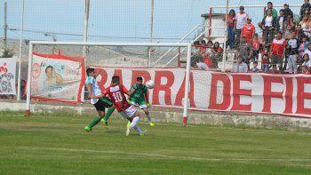 Huracán viene de vencer 3-2 a Petroquímica y si esta tarde gana será líder del torneo Inicial A.