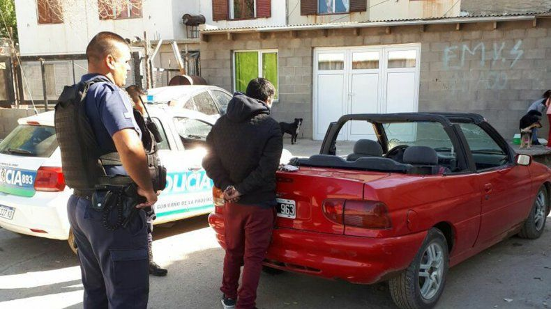 Sergio Abraham Barros fue detenido ayer en las 1008 Viviendas por un pedido de captura de la Justicia Federal.