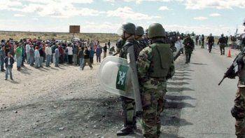 repudian llegada de tropas de la gendarmeria