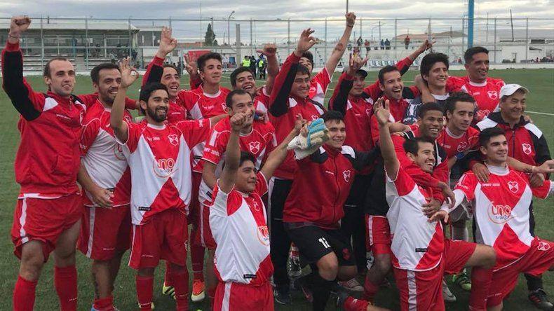 Deportivo Sarmiento eliminó a Independiente de Puerto San Julián y jugará con USMA.