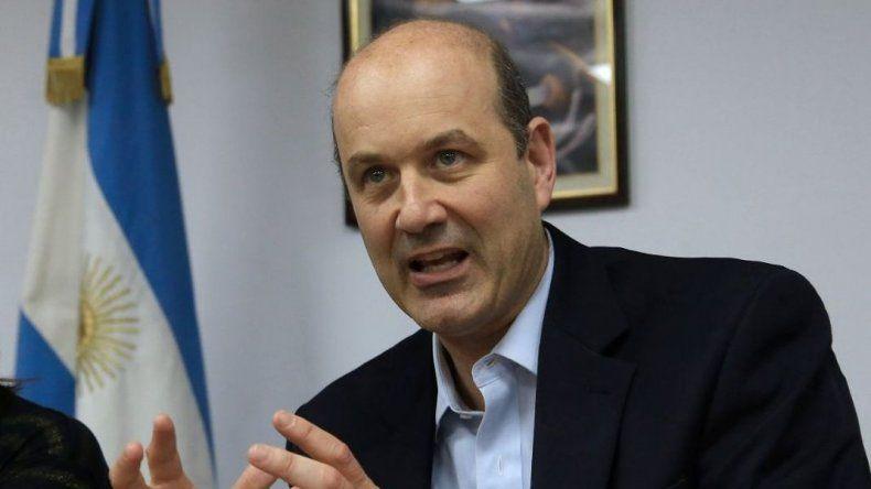 Sturzenegger proyecta que la baja de la inflación será evidente en mayo o junio
