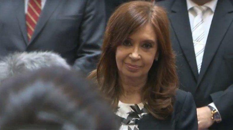 Cristina propuso aumentar la compensación por el recorte jubilatorio