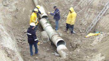 nueva rotura en el acueducto viejo dejo a tres ciudades sin agua