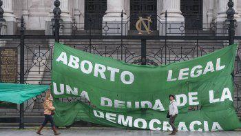 diputados: se abre el debate por la despenalizacion del aborto