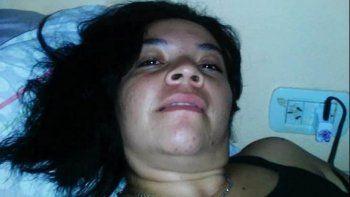 la hallaron muerta en una zanja y su pareja se mato