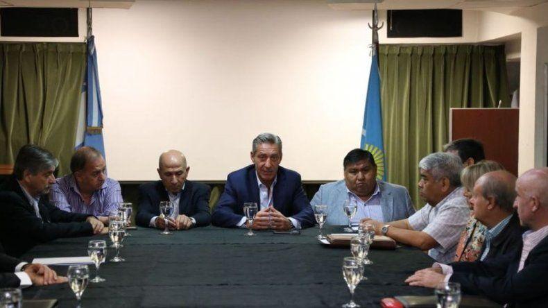 La próxima semana se firma la obra de la pileta olímpica para Comodoro