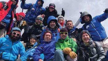 La Peque en el Aconcagua con otros deportistas y guías de una expedición con fines solidario. Subió hasta los 4.300m y contó la experiencia.