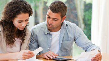 la mayoria de los lectores gasta mas dinero en servicios
