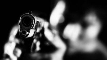 dos hombres fueron baleados y se negaron a radicar la denuncia