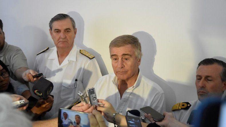 Los familiares de los tripulantes del ARA San Juan exigieron la renuncia de Aguad