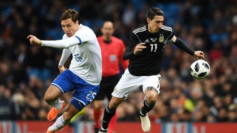 Argentina le ganó 2-0 a Italia