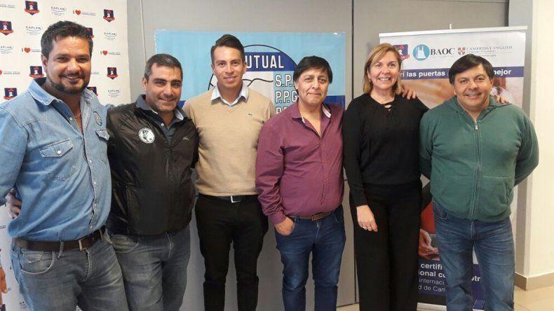 Ya se dictan clases de inglés en la sede Caleta Olivia de Petroleros Jerárquicos