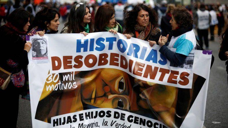 Familiares de los genocidas marchan por primera vez a Plaza de Mayo