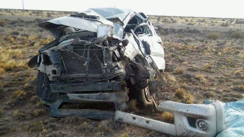 Dos personas murieron en un vuelco cerca de Koluel Kaike