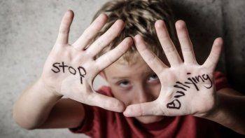 Demoraron a una mujer por hacerle bullying a una menor