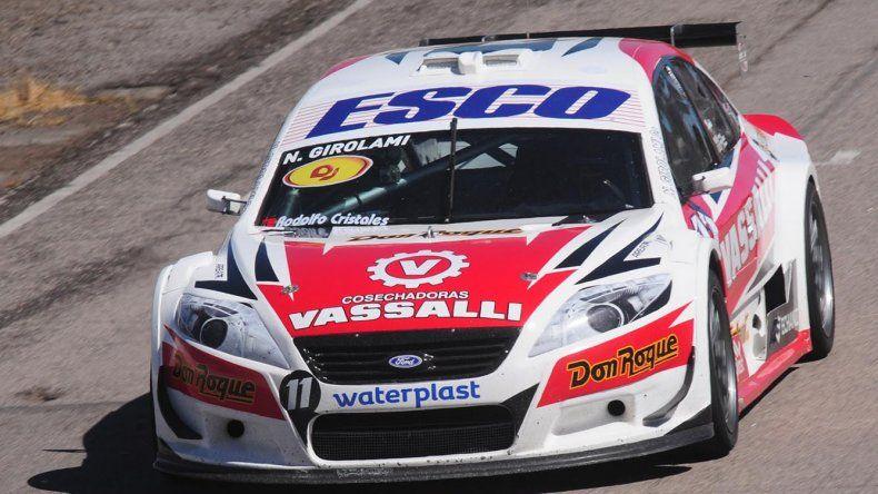 El Ford de Néstor Girolami se impuso ayer en Río Cuarto donde se corrió la segunda fecha del campeonato de Top Race.