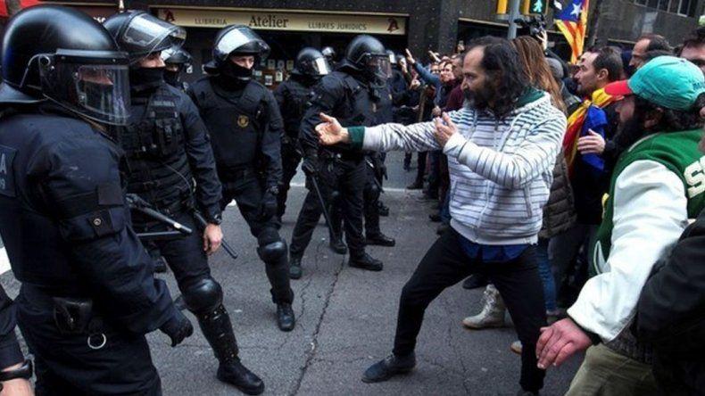 Heridos y detenidos deja  una protesta en Barcelona