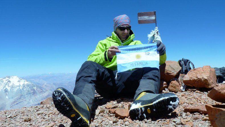 Sergio Vahnovan en la cumbre del Cerro Mercedario