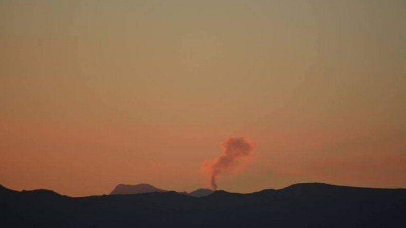 Monitorean un volcán de Chile que podría emitir ceniza