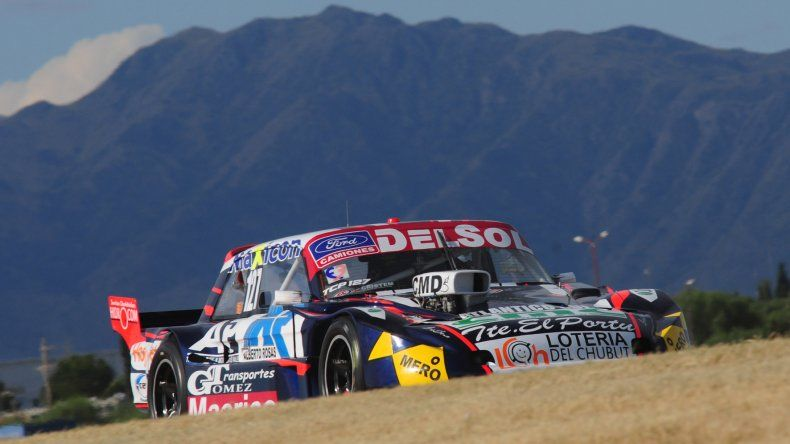 Marcelo Agrelo se quedó con la pole provisoria del TC Pista ayer en el autódromo de San Luis.