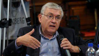 Se debe corregir de forma urgente la demora actual en el otorgamiento de turnos para las audiencias, ya que se trata de un tema sumamente sensible para la salud de los trabajadores, consideró el senador Mario Pais.