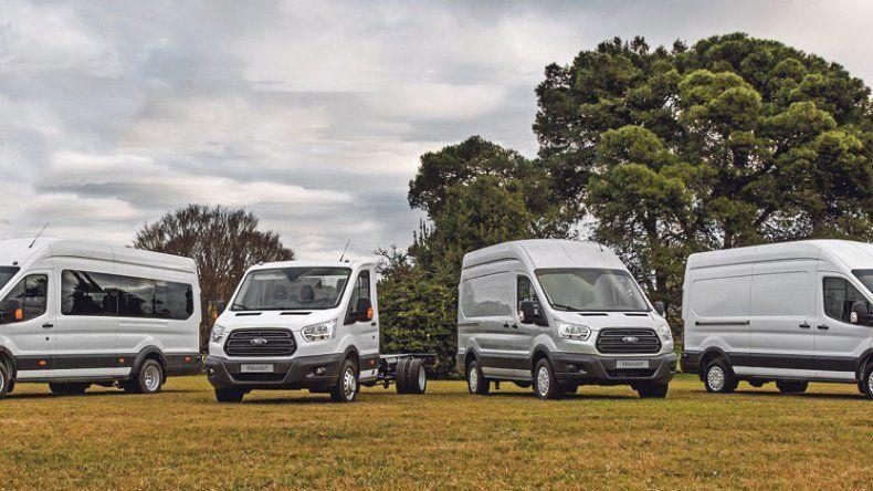 Ford Transit: extiende gama con dos versiones