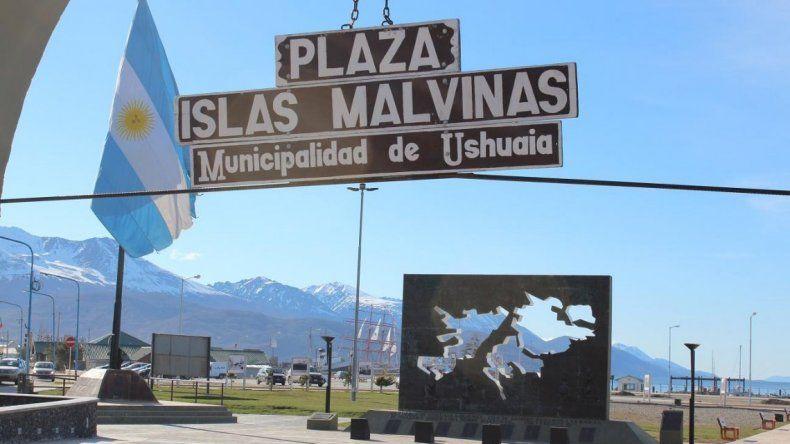 El acto oficial se hace en Ushuaia