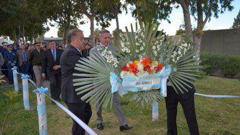 Arcioni encabezó el acto central por el 36° Aniversario de la Gesta de Malvinas