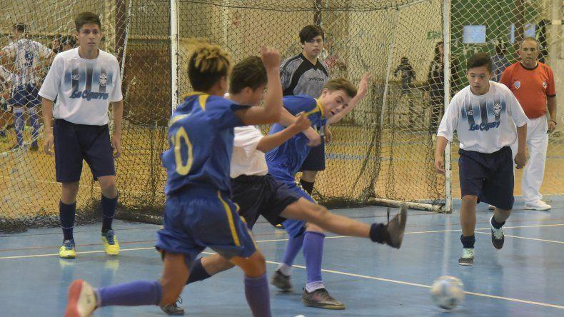 El torneo Apertura 2018 de fútbol de salón de la Asociación Promocional continuó el fin de semana con una nueva programación.
