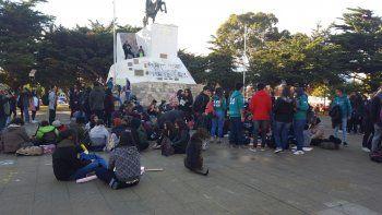 Estudiantes realizaron una sentada en defensa del TEG