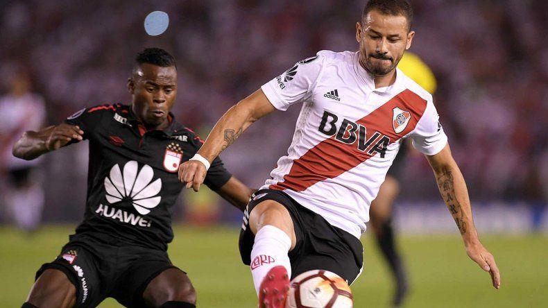 Rodrigo Mora en una acción de juego del partido de anoche ante Independiente Santa Fe.