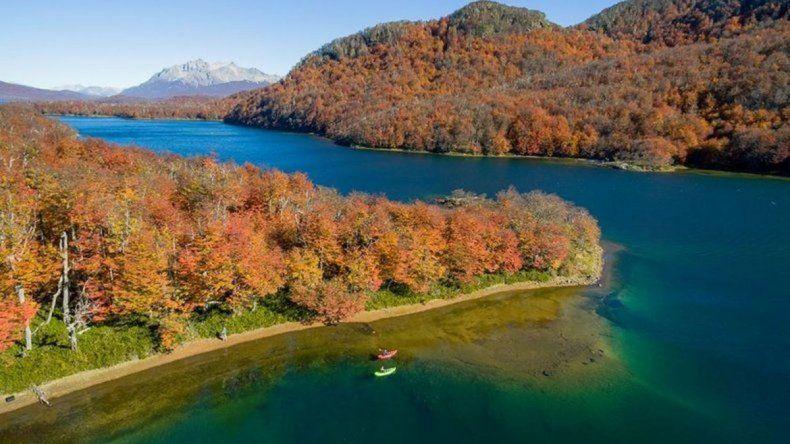 La audiencia por usurpación en el lago La Plata se realizaría en Río Senguer
