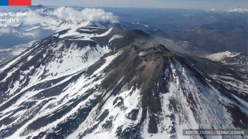 El volcán Nevados de Chillán pasó a alerta naranja