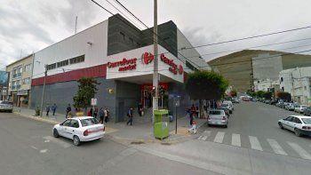 Están en riesgo 200 puestos de trabajo en Carrefour de Comodoro y Caleta