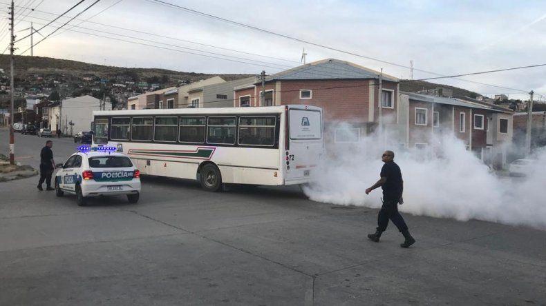 Debieron evacuar un colectivo de Patagonia que despedía humo