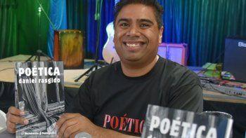 Entre las cinco obras literarias que representarán a Santa Cruz en la Feria Internacional del Libro se encuentra Poética del escritor caletense Daniel Rasgido.