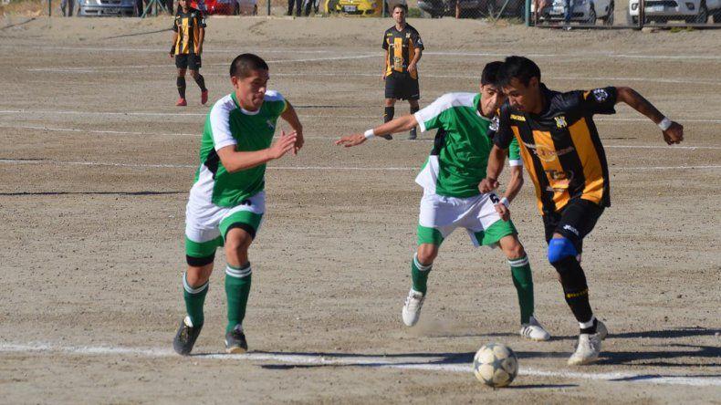 Laprida y Rada Tilly vienen de empatar sin goles en el Far West.
