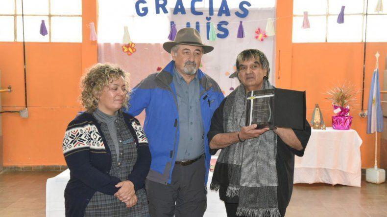 Al jubilarse Luis Goitea recibió un reconocimiento por su labor social