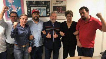 Lula resiste a su detención en el Sindicato de Metalúrgicos de Sao Bernardo Do Campo