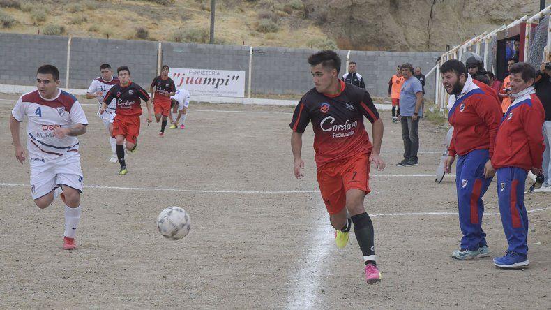 Palazzo y Ciudadela animaron un entretenido partido en Kilómetro 9.