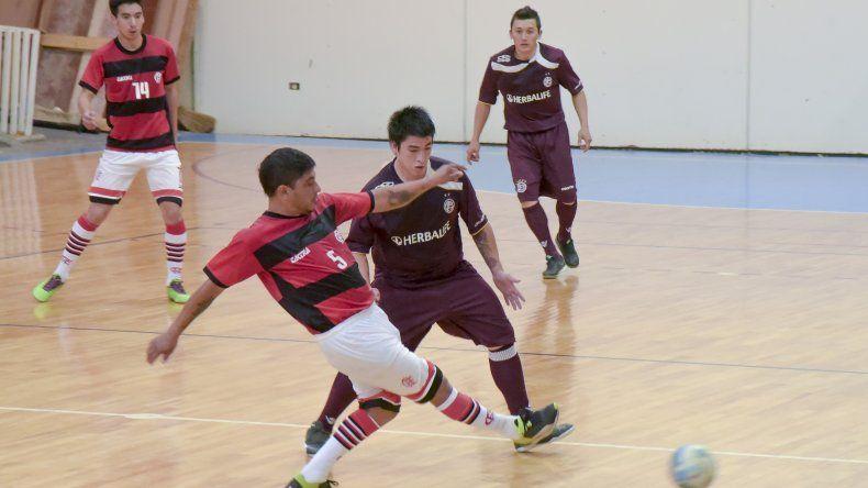 Flamengo y Lanús buscarán esta noche transformarse en los finalistas del torneo Clausura 2017 de futsal.