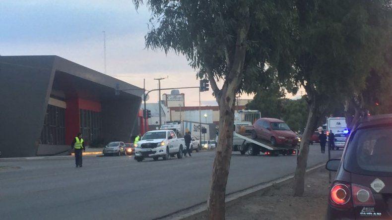 Accidente en Ruta 3: está grave tras salir despedido de su auto
