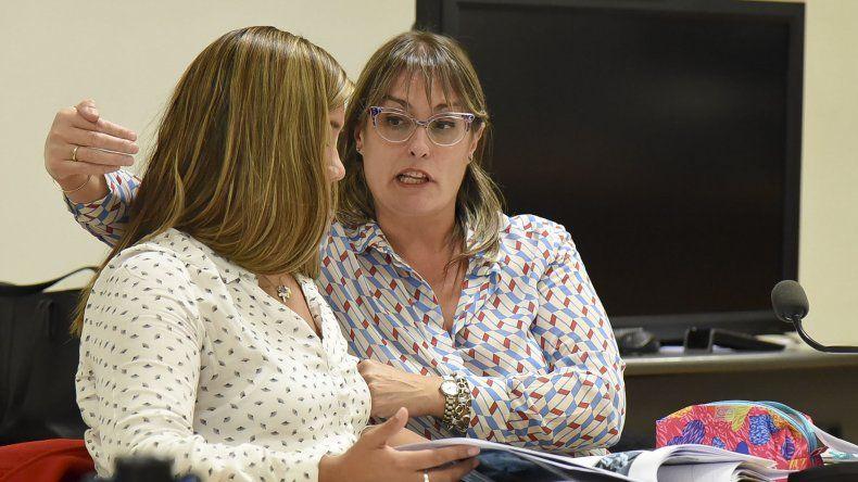 La fiscal explica al juez la forma en que se produjo el ataque a la víctima.