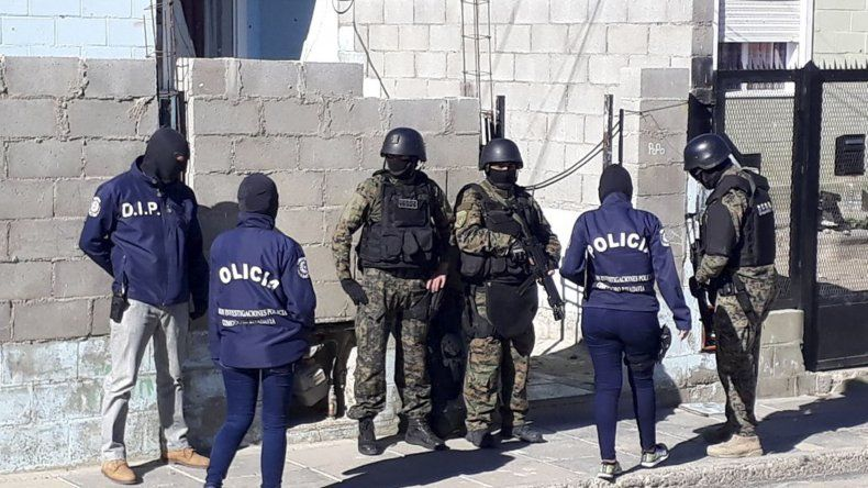 Leandro Barrientos fue detenido ayer al mediodía por su participación en un asalto que tuvo como víctimas a dos jóvenes en las 1008 Viviendas.