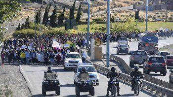 Más de mil personas participaron ayer de la manifestación en defensa del TEG.