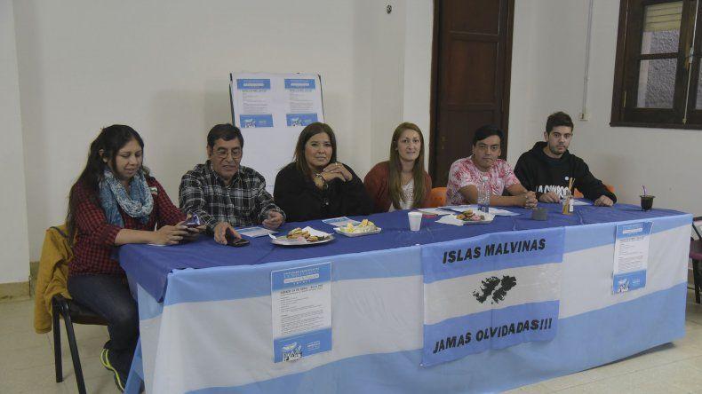 En Casa de la Cultura de la UNPSJB se presentó el Encuentro Provincial de la Militancia Nacional y Popular.
