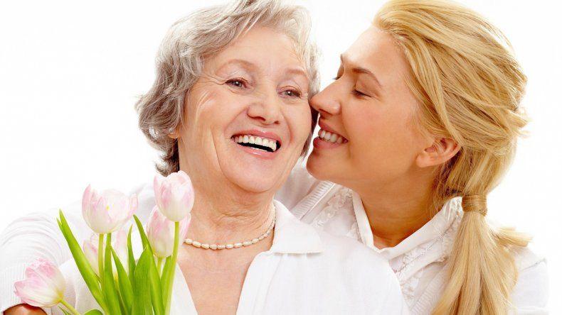En la menopausia, cuidados y controles en la boca