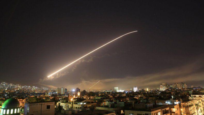 EEUU, Francia y Reino Unido bombardearon Siria por un presunto ataque químico