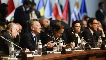 Mauricio Macri en la Cumbre de las Américas también reiteró que la Argentina no reconocerá las elecciones presidenciales de Venezuela convocadas para el mes próximo por Maduro.