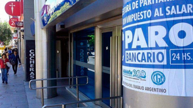 48 horas sin bancos: consejos para obtener efectivo